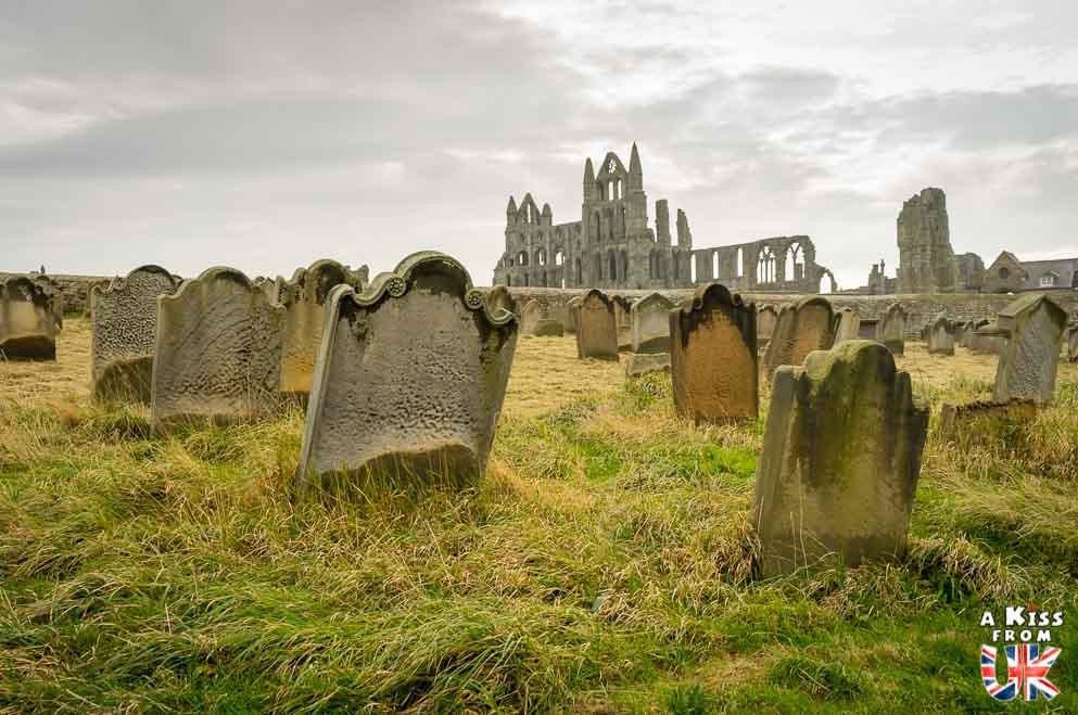 Whitby dans les North York Moors - 30 photos qui vont vous donner envie de voyager en Angleterre après l'épidémie de coronavirus - Découvrez les plus belles destinations et les plus belles régions d'Angleterre à visiter.