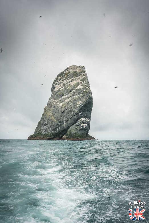 Stac An Amin sur St Kilda - Visiter l'archipel de St Kilda en Ecosse - Que voir sur l'île de St Kilda en Ecosse ? - A Kiss from UK, guide et blog voyage sur l'Ecosse.