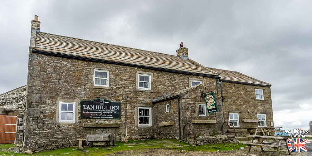 Le Tan Hill, le pub le plus haut du Royaume-Uni situé dans les Yorkshire Dales