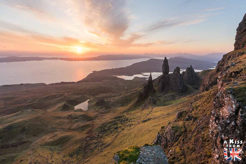 The Old Man of Storr sur l'île de Skye -  50 photos qui vont vous donner envie de voyager en Ecosse après l'épidémie de coronavirus - Découvrez en image les plus beaux endroits d'Ecosse à visiter.