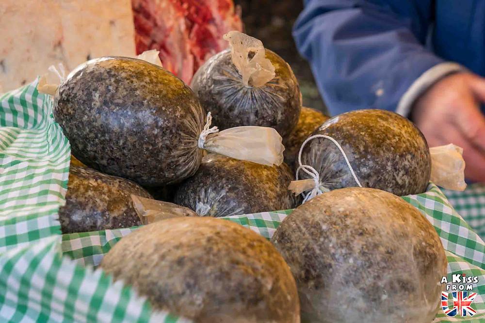 Le Haggis, une spécialité culinaire écossaise à goûter pendant votre voyage en Ecosse.