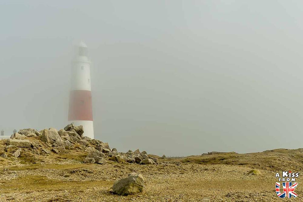 Visiter le phare Saint-Mathieu dans le Finistère et le comparer à celui de Portland Bill dans le Dorset en Angleterre | Visiter la Bretagne pour retrouver les paysages de Grande-Bretagne  | A Kiss fom UK