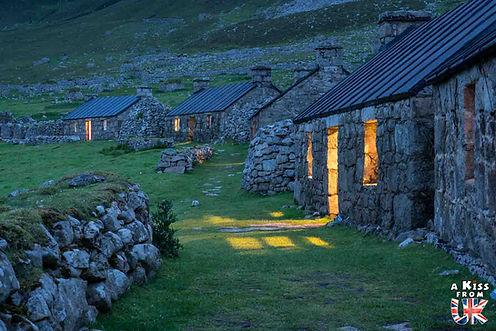 L'île de St Kilda. Les îles des Hébrides Extérieures d'Ecosse à visiter. Voyagez à travers les plus belles régions d'Ecosse avec nos guides voyage et préparez votre séjour dans les endroits incontournables de Grande-Bretagne.