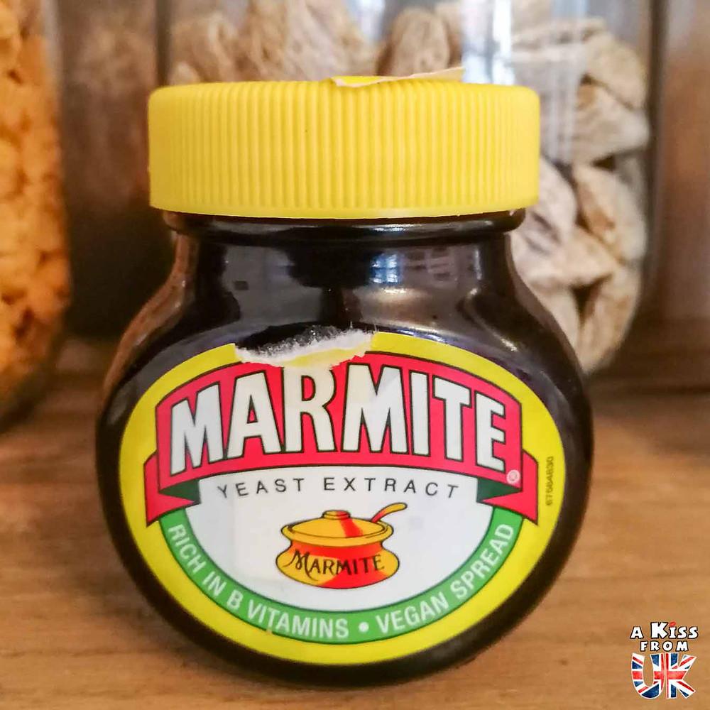 La Marmite : la redoutable pâte à tartiner britannique - 8 choses qui vont vous surprendre en Grande-Bretagne ! Découvrez les détails insolites qui vous attendent en Ecosse, en Angleterre et au Pays de Galles pendant votre voyage | A Kiss from UK