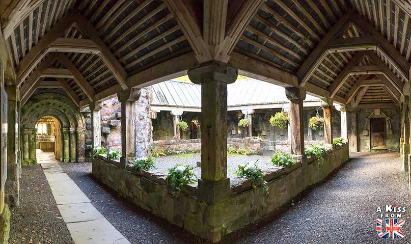 St Conan's Kirk - 50 endroits à voir absolument en Ecosse – Découvrez les lieux incontournables en Ecosse et les plus beaux endroits d'Ecosse à visiter pendant votre voyage | A Kiss from UK