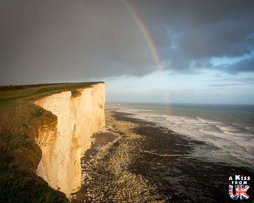 Beachy Head dans le Sussex - Visiter l'Angleterre : les incontournables ! - 25 endroits à voir absolument en Angleterre en dehors de Londres - A Kiss from UK, le guide et blog du voyage en Grande-Bretagne.