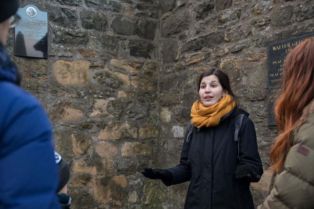 French Kilt - Visiter Edimbourg avec un guide français - découvrez tous les guides français à Edimbourg ainsi que les professionnels du tourisme francophones et indépendants en Ecosse. | A Kiss from UK