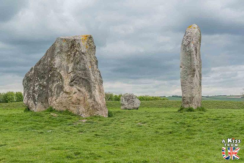 Avebury - Que voir dans le Wiltshire en Angleterre ? Visiter le Wiltshire avec A Kiss from UK, le blog du voyage en Angleterre.
