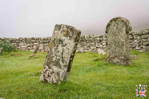 Le cimetière de St Kilda en Ecosse - Visiter St Kilda, l'archipel le plus isolé d'Ecosse. Découvrez l'histoire, les paysages spectaculaires et la faune des îles de St Kilda dans les Hébrides Extérieures - A Kiss from UK, le guide et blog du voyage en Ecosse.