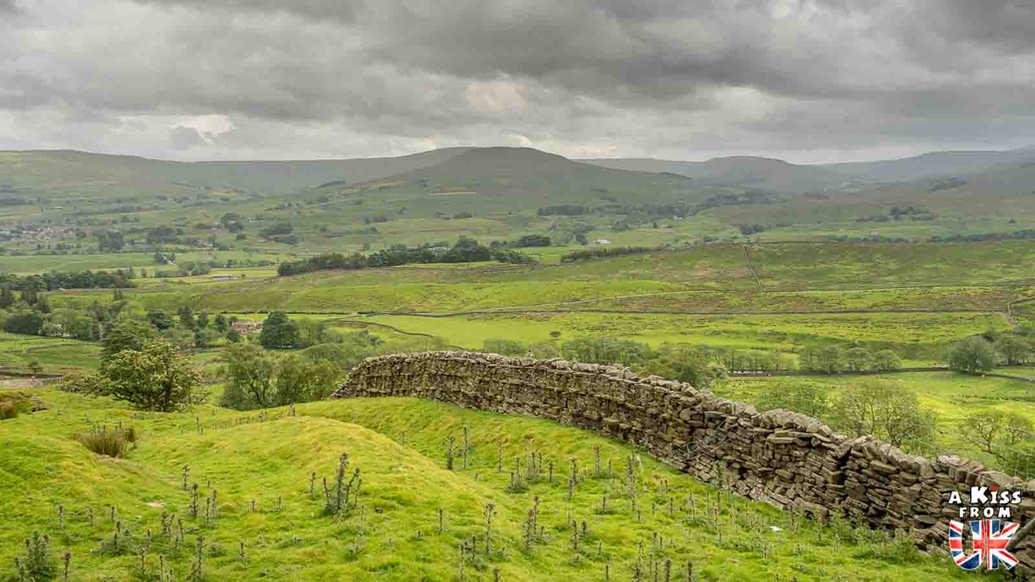 Sur la route du Tan Hill - Que voir dans les Yorkshire Dales en Angleterre ? Visiter les Yorkshire Dales avec A Kiss from UK, le guide et blog du voyage en Ecosse, Angleterre et Pays de Galles.