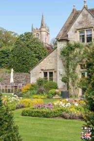 Castle Combe - Que faire dans les Cotswolds en Angleterre ? Visiter les plus beaux endroits à voir absolument dans les Cotswolds avec notre guide voyage.