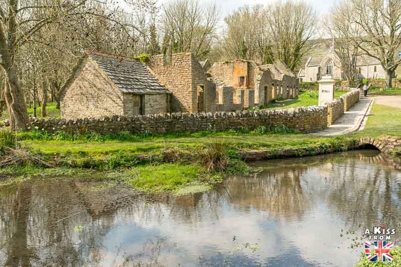 tyneham - Découvrez l'histoire du village abandonné de Tyneham, dans le Dorset, qui a contribué au succès du D-Day