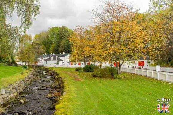 La distillerie Edradour - Roadtrip de 8 jours en Ecosse à l'automne - Itinéraire de voyage en Ecosse par A Kiss from UK, guide et blog voyage sur l'Ecosse, l'Angletere et le Pays de Galles