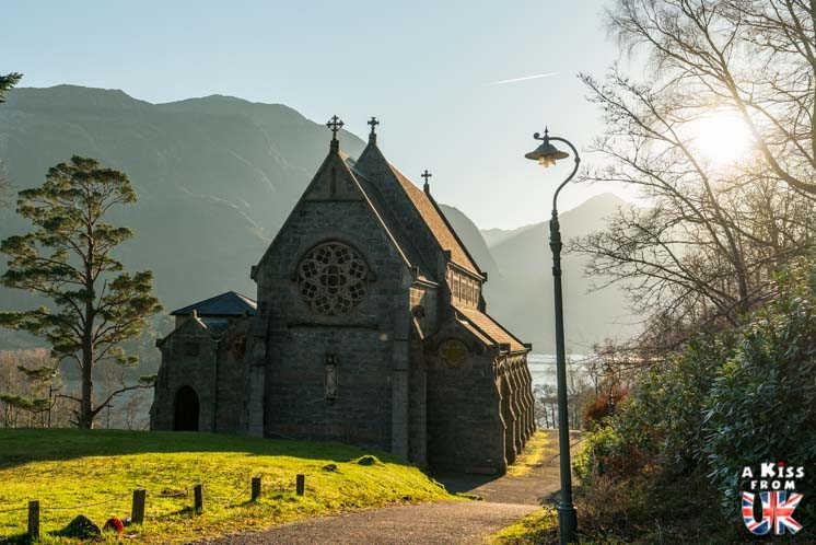 église de Glenfinnan- A faire et à voir dans le Glencoe et sa région en Ecosse. Visiter le Glencoe avec A Kiss from UK, le guide & blog du voyage en Ecosse, Angletere et Pays de Galles