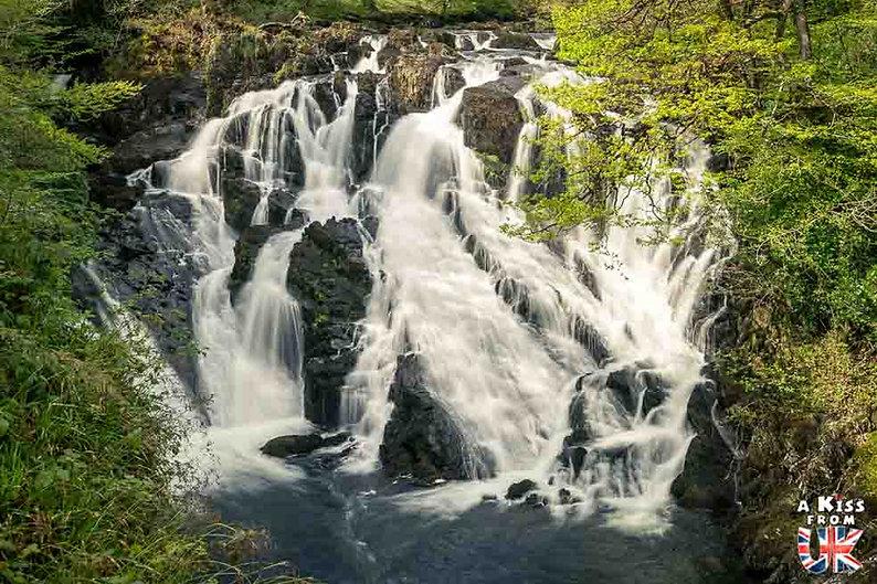 Betws-y-Coed , les cascades de Swallow dans le Snowdonia - Que voir dans le Parc National du Snowdonia au Pays de Galles ? Visiter le Snowdonia avec A Kiss from UK, blog du voyage en Ecosse, Angletere et Pays de Galles.Falls