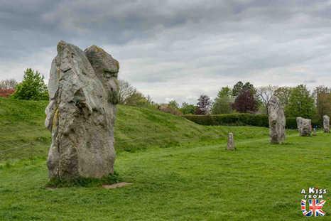 Avebury - Que voir dans le Wiltshire en Angleterre ? Visiter le Wiltshire avec A Kiss from UK, le blog du voyage en Ecosse, Angleterre et Pays de Galles