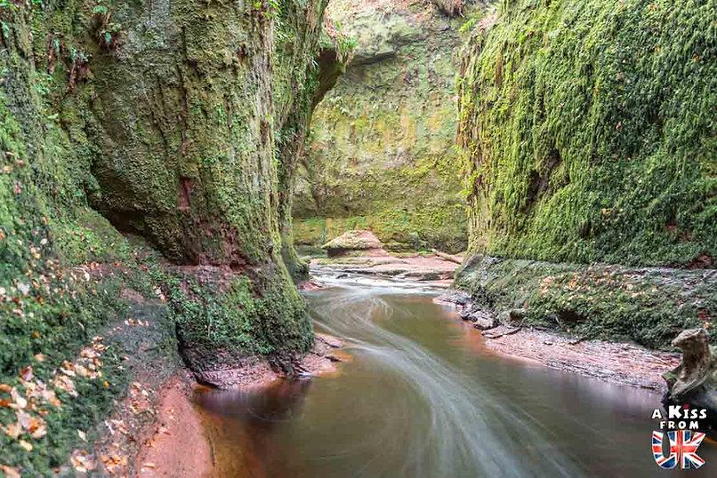 Devil's Pulpit - 50 endroits à voir absolument en Ecosse – Découvrez les lieux incontournables en Ecosse et les plus beaux endroits d'Ecosse à visiter pendant votre voyage | A Kiss from UK