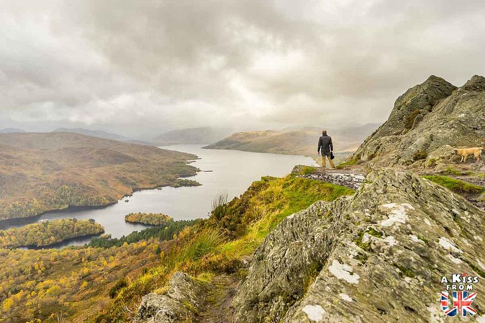 Ben A'An dans les Trossachs - Les plus beaux paysages d'Ecosse. Découvrez quels sont les plus beaux endroits d'Ecosse et les plus belles merveilles naturelles d'Ecosse avec A Kiss from UK, le guide et blog du voyage en Grande-Bretagne.