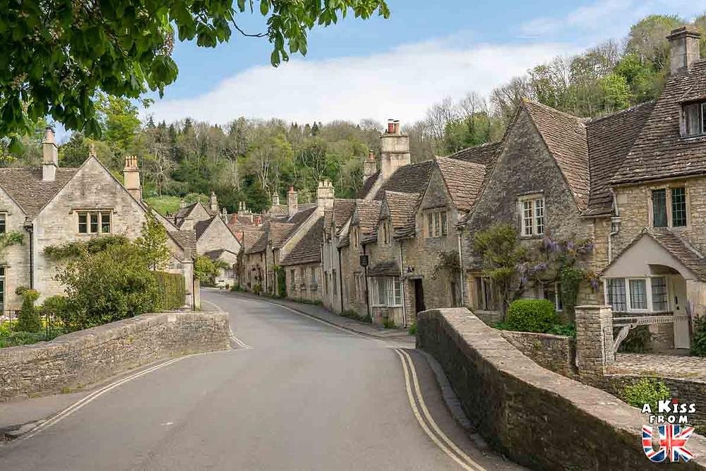 Castle Combe dans les Cotswolds - 30 photos qui vont vous donner envie de voyager en Angleterre après l'épidémie de coronavirus - Découvrez les plus belles destinations et les plus belles régions d'Angleterre à visiter.