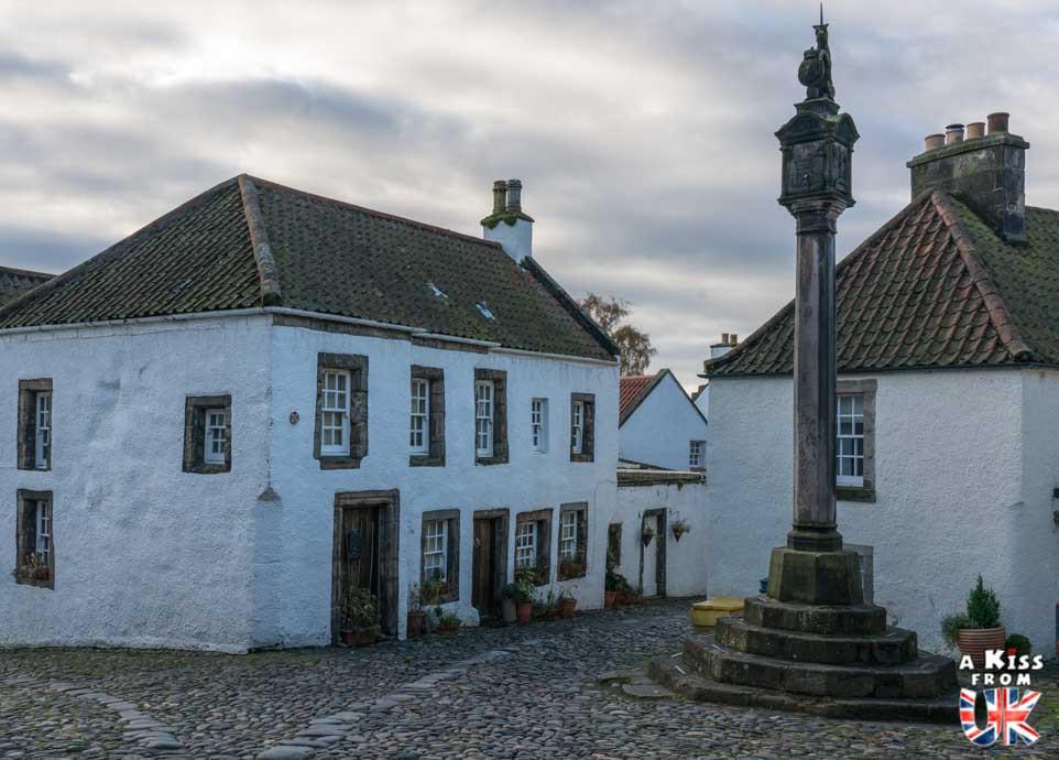 Visiter l'île Saint-Cado dans le Morbihan et se croire dans le village de Culross sur la Péninsule de Fife en Ecosse | Visiter la Bretagne pour retrouver les paysages de Grande-Bretagne  | A Kiss fom UK