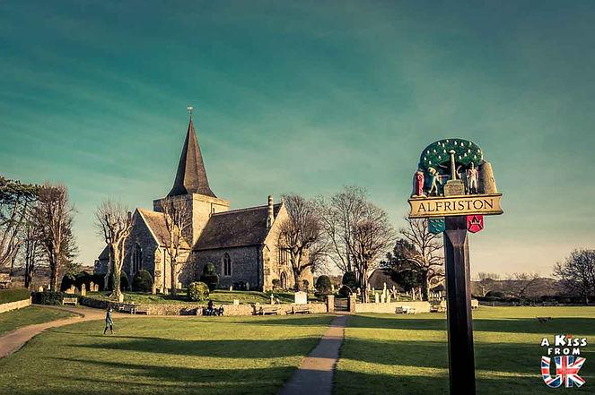 Le village d'Alfriston dans le Sussex - Découvrez les 30 plus beaux villages de Grande-Bretagne. Le classement des plus beaux villages d'Angleterre, d'Ecosse et du Pays de Galles par A Kiss from UK