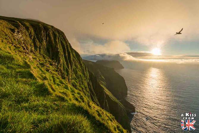 Les falaises du Conachair sur St Kilda - Visiter St Kilda en Ecosse - Que voir sur l'île de St Kilda en Ecosse ? - A Kiss from UK, guide et blog voyage sur l'Ecosse.