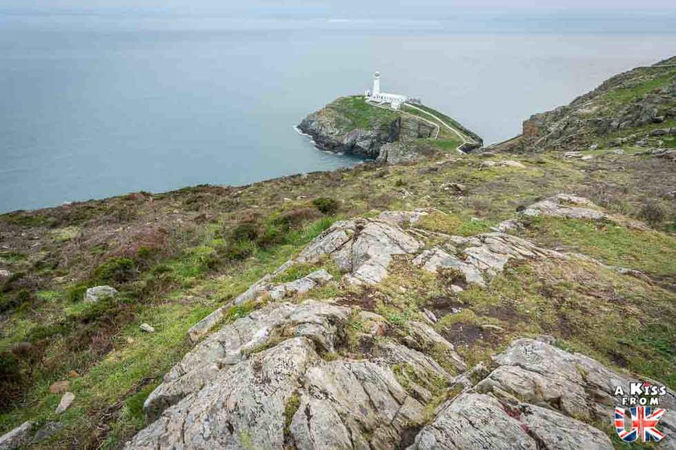 South Stack Lighthouse - Que voir sur l'île d'Anglesey au Pays de Galles ? Visiter Anglesey avec A Kiss from UK, le blog du voyage en Ecosse, Angleterre et Pays de Galles.