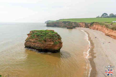 Ladram Bay - Que voir et que faire dans le Devon en Angleterre ? Visiter le Devon et ses plus beaux endroits avec notre guide voyage - A Kiss from UK, le blog du voyage en Grande-Bretagne.