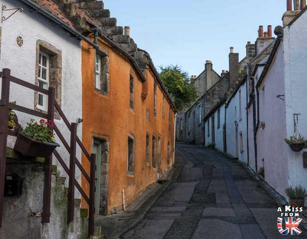 Le village de Culross, lieu de tournage de la série Outlander - Que voir et que faire dans la Péninsule de Fife en Ecosse ? Visiter la péninsule de Fife avec A Kiss from UK, le guide et blog du voyage en Ecosse.
