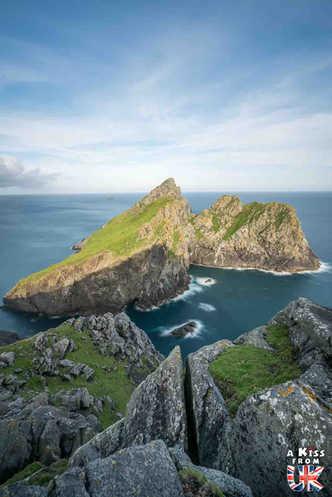 La presqu'île de Dùn sur St Kilda - Visiter l'archipel de St Kilda en Ecosse - Que voir sur l'île de St Kilda en Ecosse ? - A Kiss from UK, guide et blog voyage sur l'Ecosse.