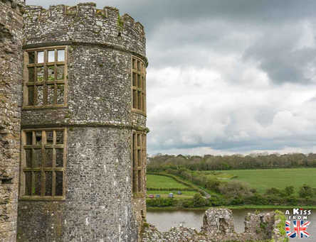 Carew Castle - Que voir dans le Pembrokeshire au Pays de Galles ? Visiter le Pembrokeshire avec A Kiss from UK, guide & blog voyage sur l'Ecosse, l'Angleterre et le Pays de Galles.