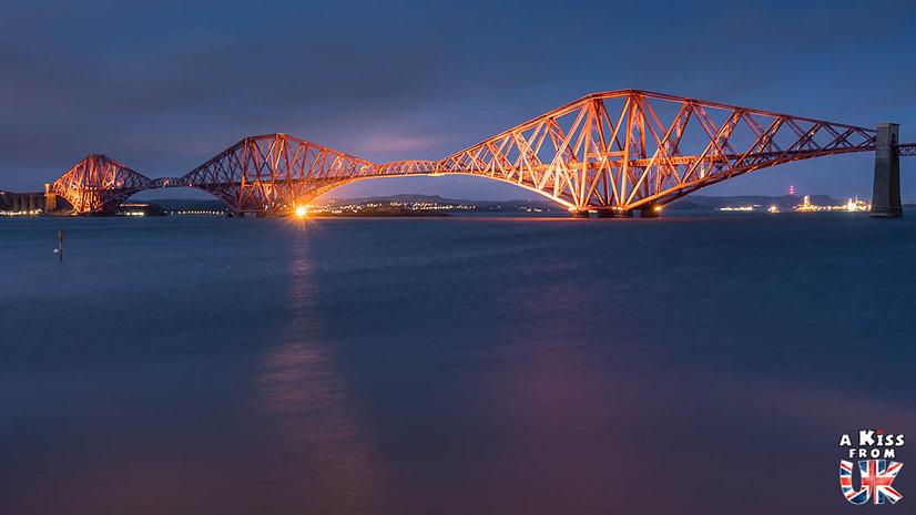 Le Forth Bridge - Que voir et que faire dans la Péninsule de Fife en Ecosse ? Visiter la Péninsule de Fife avec A Kiss from UK, le guide et blog du voyage en Ecosse.