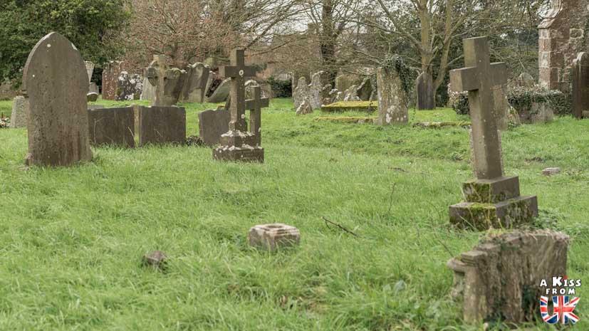 Le cimetière de Pluckley - Pluckley, le village le plus hanté d'Angleterre. Découvrez ma chasse aux fantômes à Pluckley dans le Kent. | Blog | A Kiss from UK
