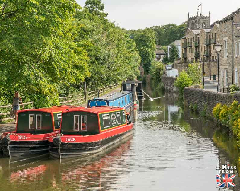 Skipton dans les Yorkshire Dales - Les lieux à voir absolument en Angleterre en dehors de Londres. Découvrez quels sont les plus beaux endroits d'Angleterre et les incontournables à visiter en dehors de Londres lors de votre voyage - A Kiss from UK, le blog du voyage en Grande-Bretagne.