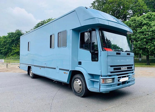 12 Tonne Iveco 110E.18 6 horse truck