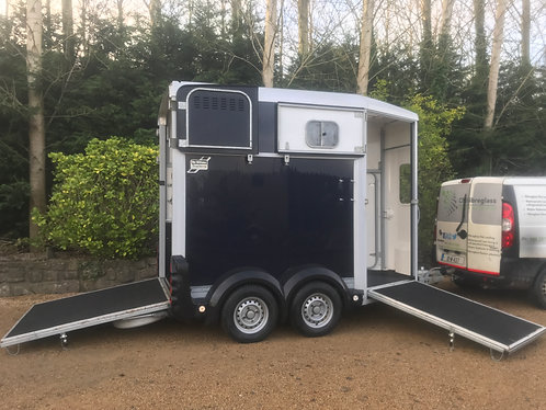 2011 Ifor Williams 506 Horsebox