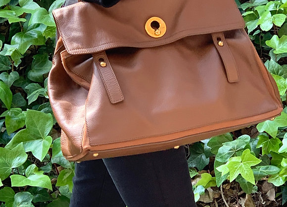 Ysl musetwo bigger cognac leather size 40x16x29 preowner good condition ,classic