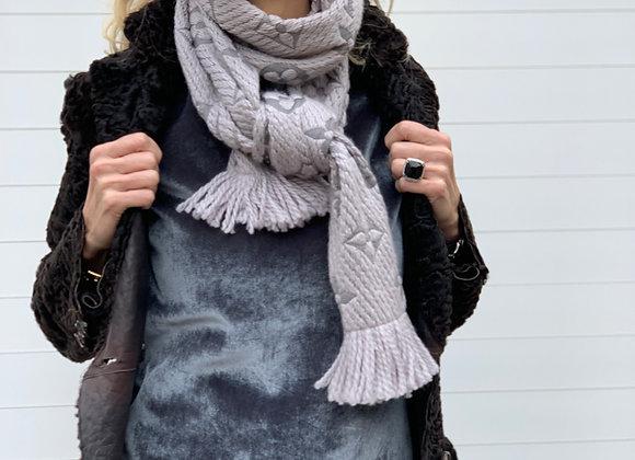 Louis vuitton gray scarf monogram