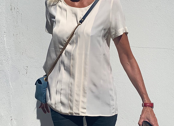 Chanel creme silk bluse ,size 44,preowner good condition vintage
