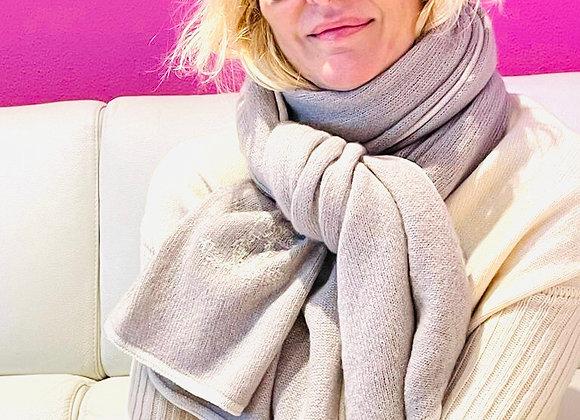 Chanel cashmire beige scarf new