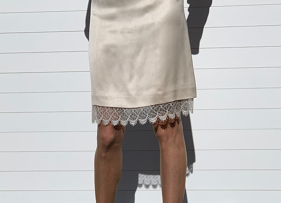 Chanel cammel skirt with lace on the bottom size s new