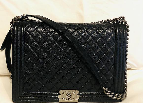 Chanel boy caviar leather like new