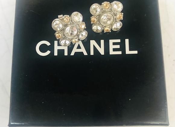 Chanel crystal earring like new
