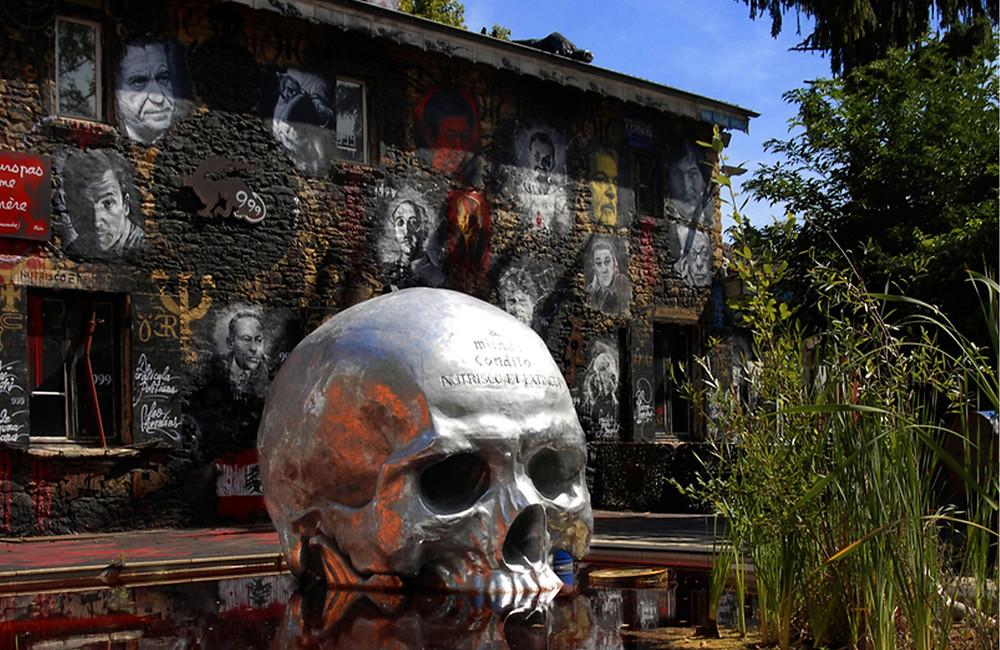 La demeure du Chaos visite et lieu insolite autour de Lyon