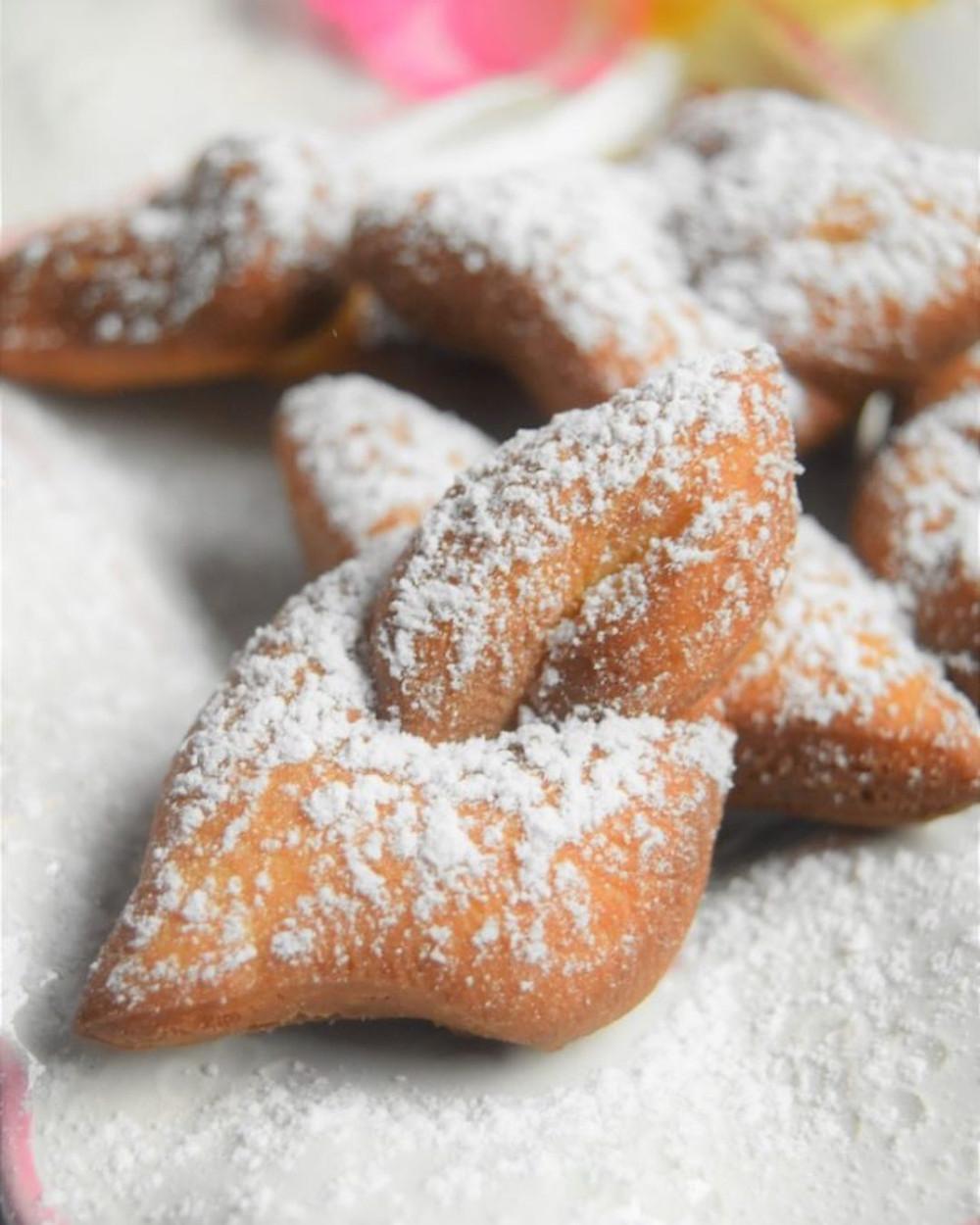 bugnes spécialité cuisine Auvergne-Rhône-Alpes