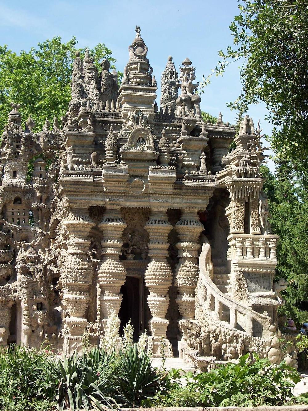 Palais Idéal du Facteur Cheval plus beau lieu à visiter tourisme dans la région Auvergne-Rhône-Alpes