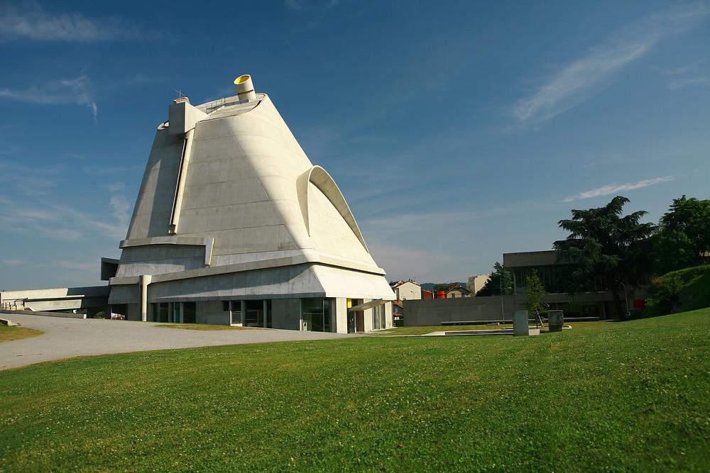 Firminy vert Le Corbusier visite et lieu insolite autour de Lyon et Saint-Etienne