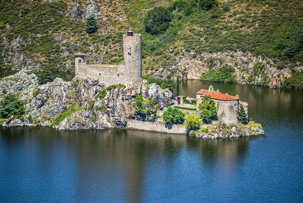 Belvédère sur l'île de Grangent Loire plus beau point de vue autour de Saint-Etienne et Lyon