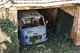 Abandoned vehicle.jpg
