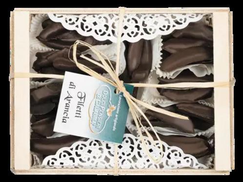 Orangenfilets in Zartbitterschokolade